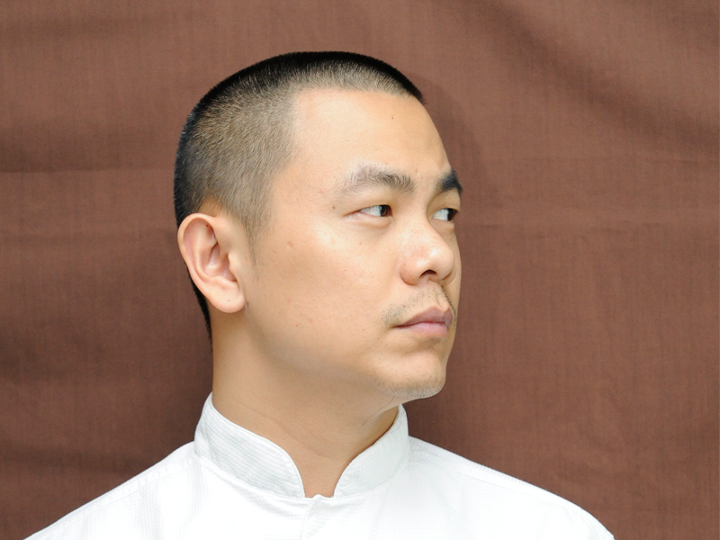 BREAKING NEWS: One of Singapore's Top Chefs, André Chiang Returns 'Home' to Taiwan, Returns Michelin Stars and Requests RAW In Taipei To Be Excluded. Is Michelin Losing Its Value?