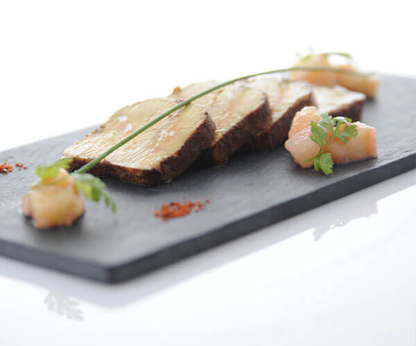 Spiced cured foie gras tataki with quince chutney