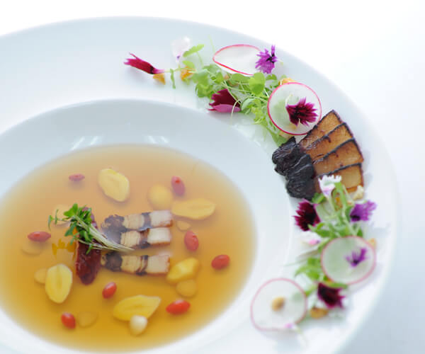 Clear Waxed Pork Belly Broth with Eight Treasures