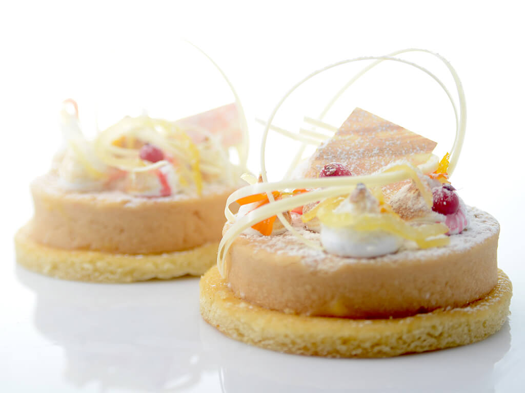 Lemon curd with red currant tartlet | Recipe - Cuisine&Wine Asia
