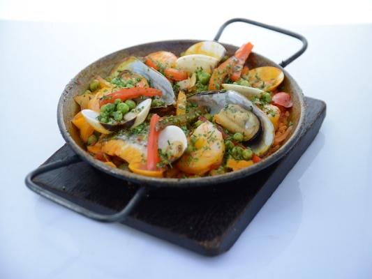 Paella de pescado fish paella recipe cuisine wine asia - Paella de pescado ...
